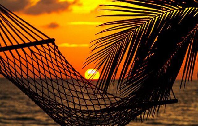 guenstig Urlaub machen an Feiertagen